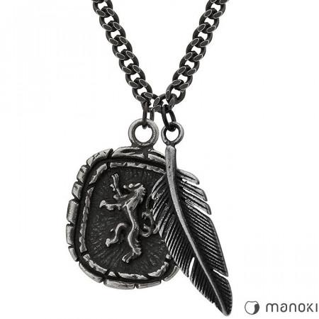 męski naszyjnik z piórkiem i medalikiem