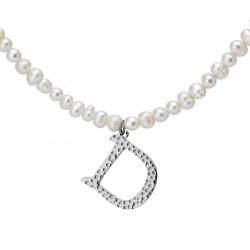 Naszyjnik z literką D z perłami