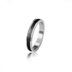 Obrączka z hipoalergicznej stali, czarny, diamentowany pasek