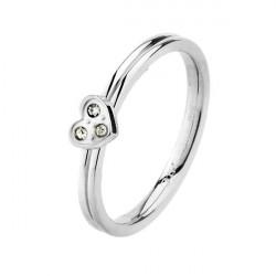 Srebrny pierścionek damski z serduszkiem i trzema cyrkoniami