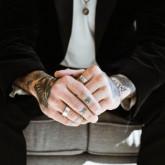 Trendy w męskiej biżuterii